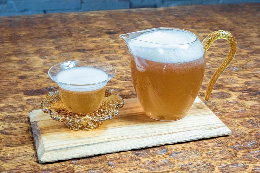 冷たいお茶と創作アイスティー